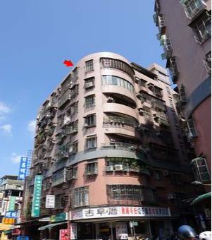 新莊區法拍屋【華廈大三房◆商家林立*機能優】化成路766號7樓之2