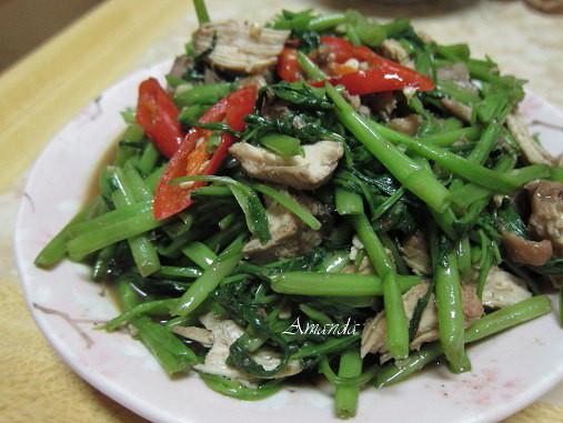 蔬菜拌炒滷雞絲.jpg