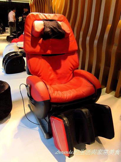 INADA按摩椅-夢幻機器人