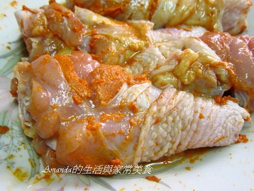 泰式酸辣烤雞腿-抹上醬料