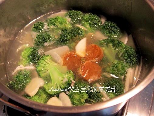 泰式酸辣海陸羹湯 (1)