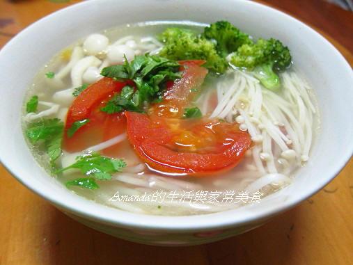 菇菇蔬菜湯麵