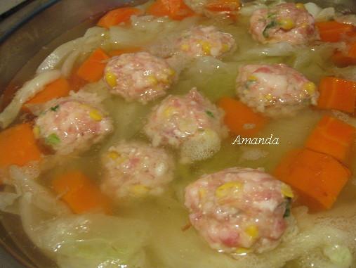 玉米肉丸子-煮丸子.jpg
