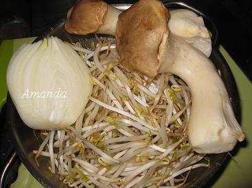 洋蔥、杏鮑菇、豆芽菜