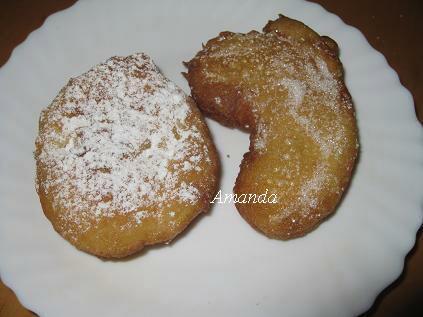 半月型蘋果甜甜圈