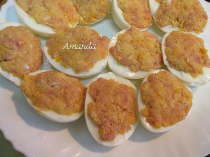 蛋黃、肉末塗抹在蛋白上.JPG