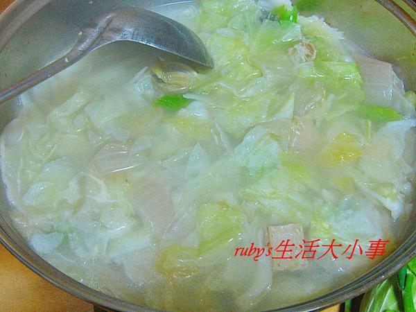 酸菜白肉鍋 (6).JPG