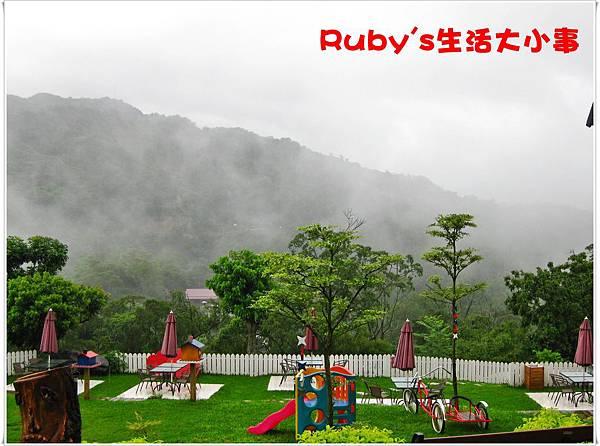 青青湖畔 (11).JPG
