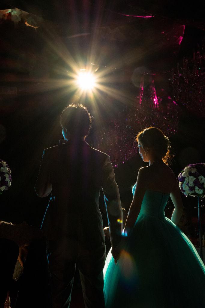 C&H 婚禮DIY 很多人稱讚的 省錢自製婚禮MV 開場 交往影片