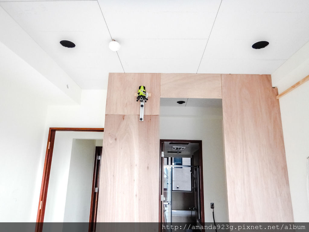 C&H 裝潢日誌 木工 天花板 窗簾盒 隔間牆 古典美式線板