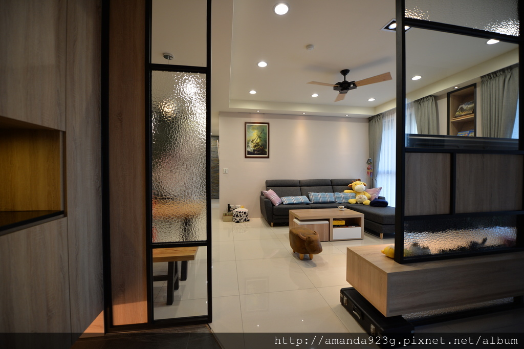 C&H 新家 簡單入厝儀式 新家開箱 玄關 客廳