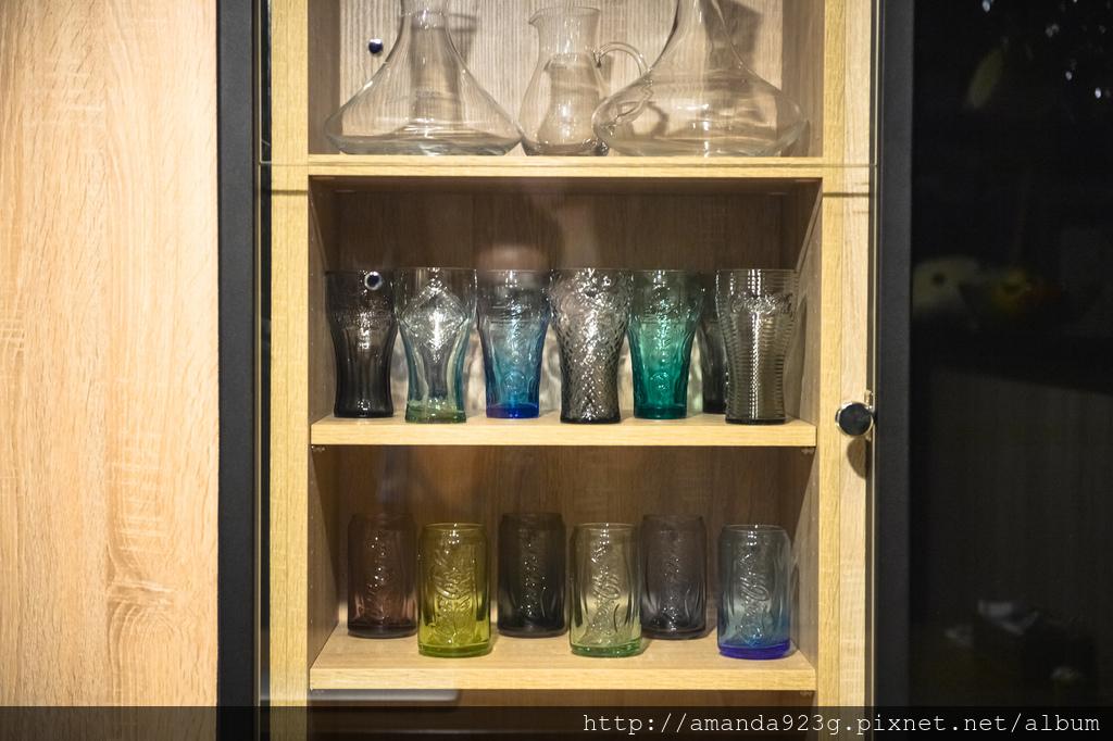 C&H 新家 簡單入厝儀式 新家開箱 馬克杯櫃