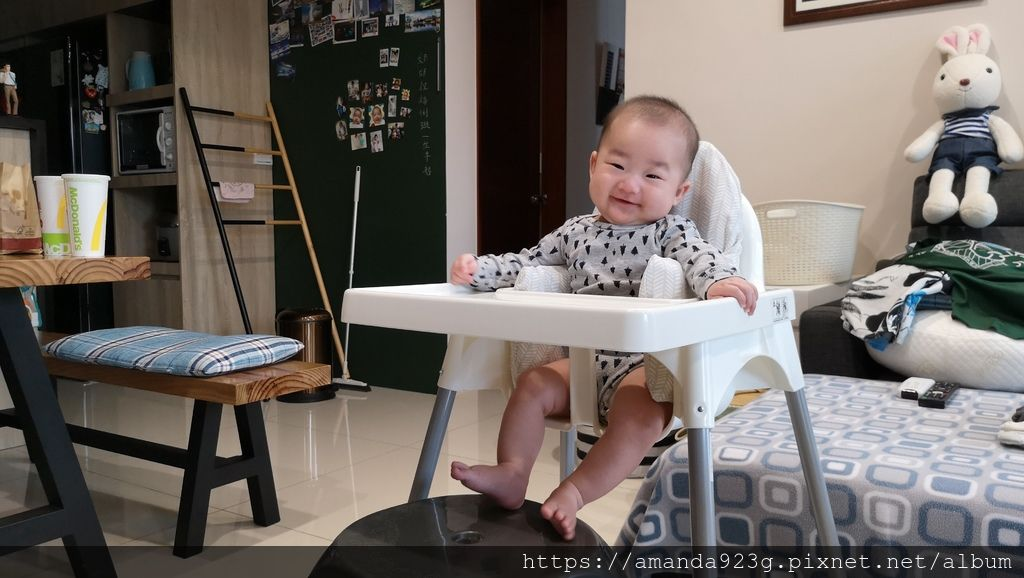【育兒心得】雙胞胎一打二經驗分享 -- 吃(副食品/前置作業/餐具餐椅)