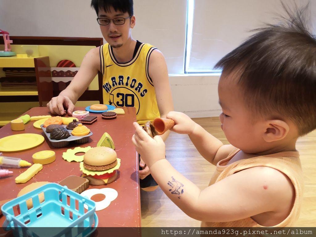 【親子餐廳】 推薦10家親子友善餐廳・用餐心得(北部、中部)