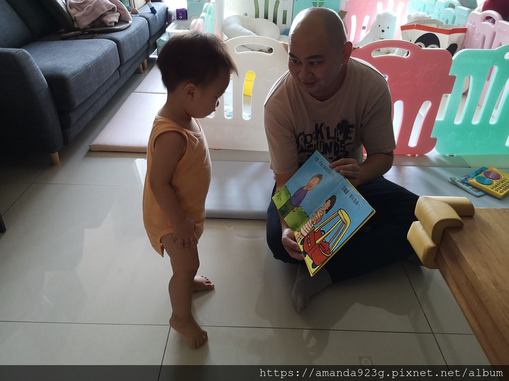 【育兒心得】 0-2歲親子共讀 中英文書單分享