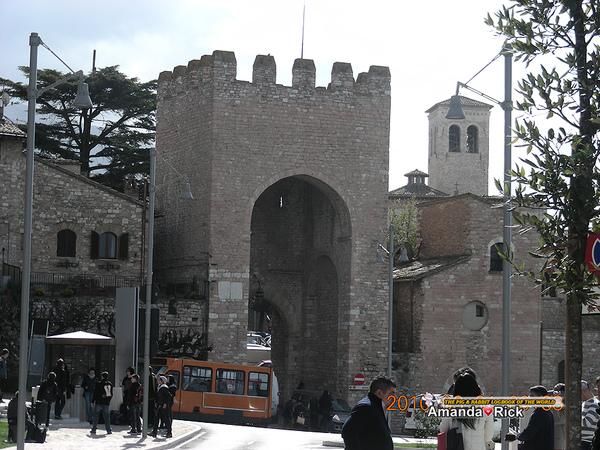 阿西西的城門