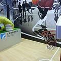 蛇形刁手投籃機器人3