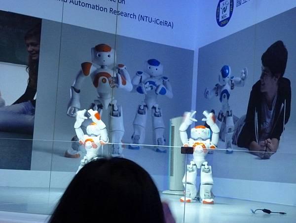 NAO機器人