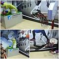 蛇形刁手投籃機器人2