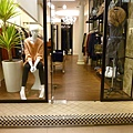 KIO服飾店入口