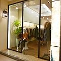 KIO服飾店入口2