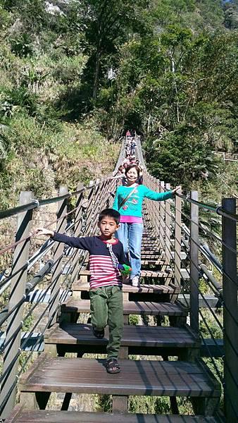 梯子吊橋4.jpg