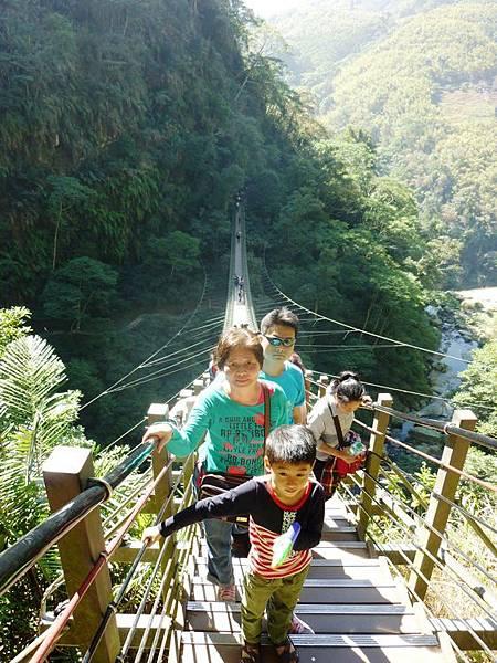 梯子吊橋10