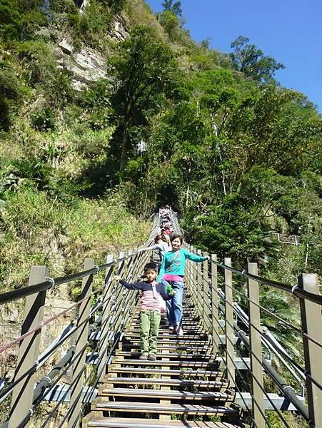 梯子吊橋11