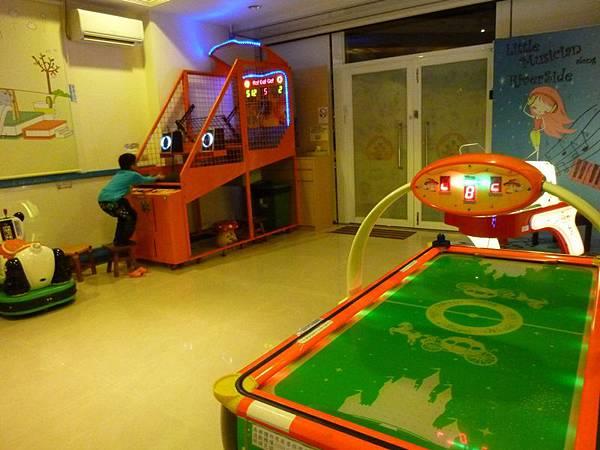 遊樂設施.JPG