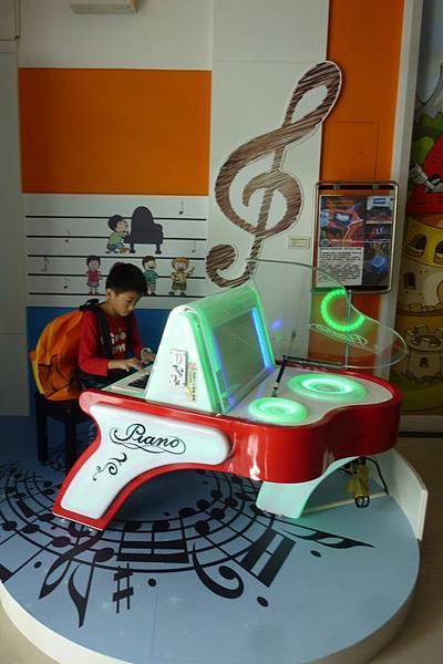 鋼琴.JPG