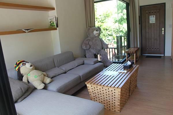 熊溫馨客廳 (4).JPG