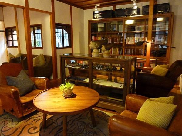 沙發 (2).JPG