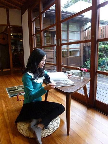 沿廊閱讀.JPG