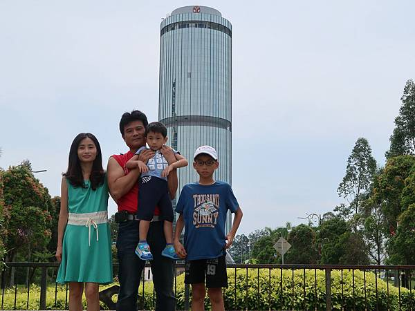沙巴基金會大廈2.JPG
