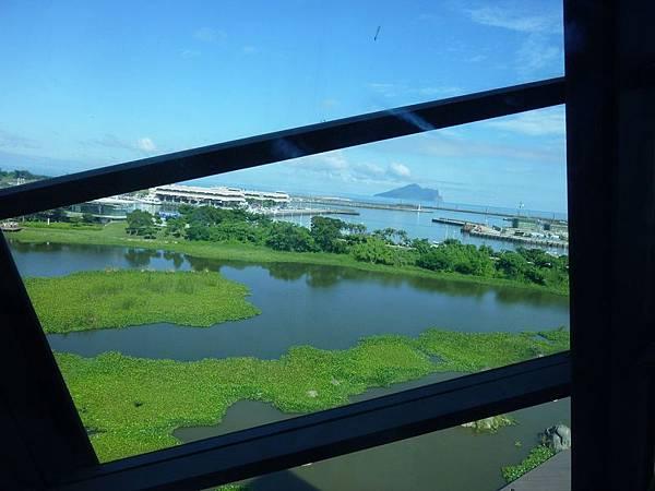 遠眺龜山島.JPG