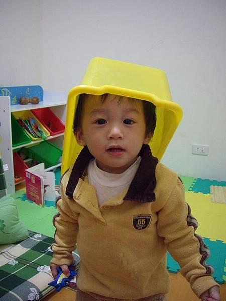 載帽子.JPG