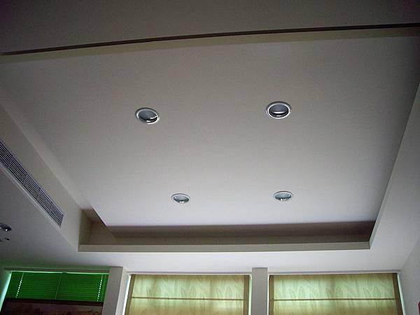造型天花板.JPG