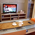 電視矮櫃與展示櫃.JPG