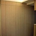 隱藏門造型牆3.JPG