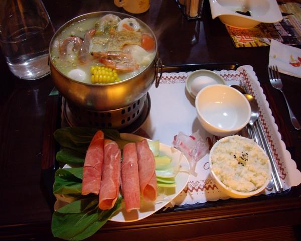 香芧青檸海鮮鍋.JPG