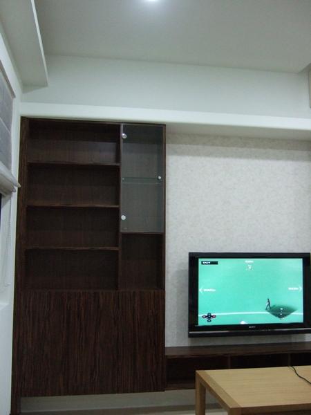 客廳展示櫃.JPG