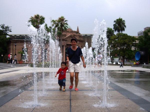 噴泉3.JPG