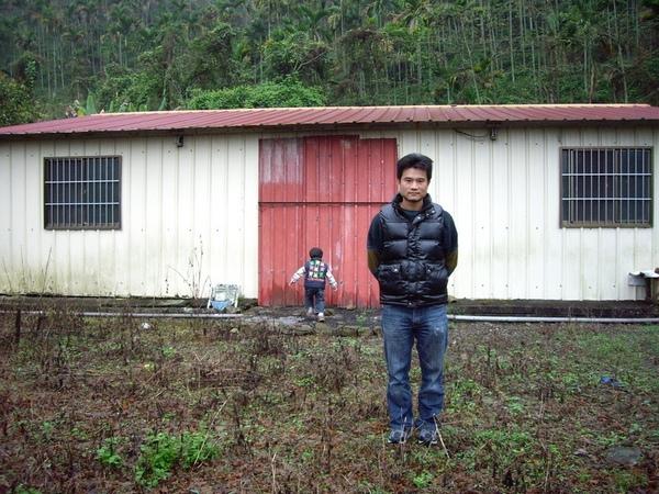 山上的房子.JPG