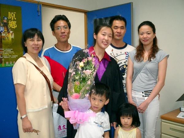 我的家人.JPG