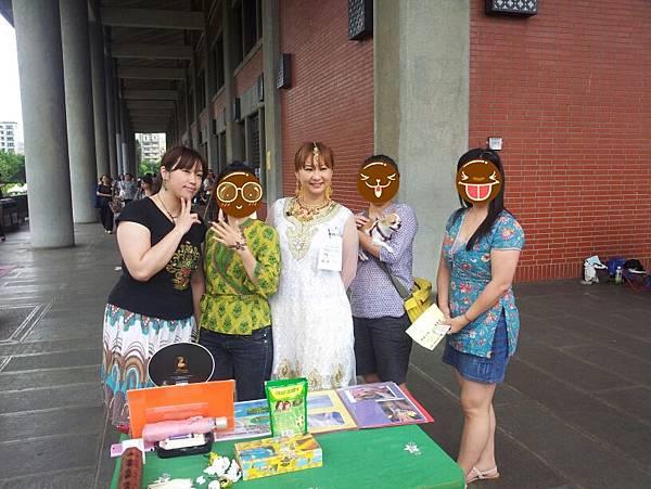 2012/05/28 小瑪考街頭藝人