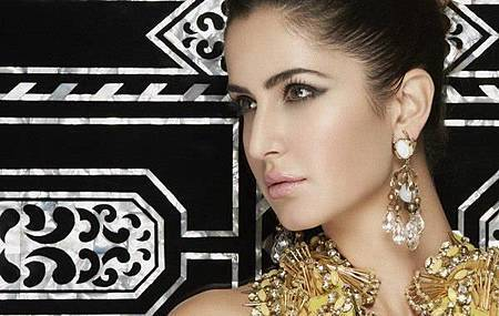 L-Officiel-Magazine-katrina-kaif-34317760-600-380