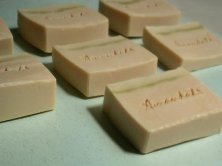 新鮮母乳皂2