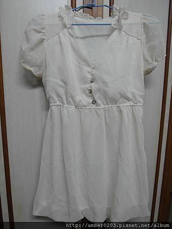 米白雪紡花瓣領口洋裝