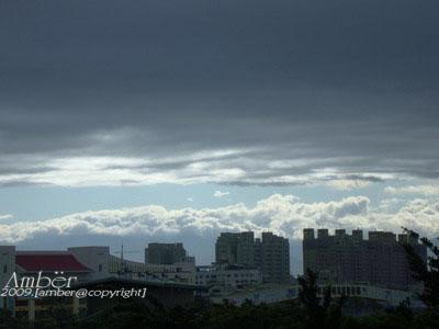 暴風雨前的天空