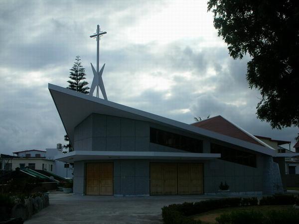 都蘭教堂  阿度仔蓋低
